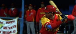 Yadiel Hernández pegó par de jonrones y empujó tres. (Foto: Reinier Batista Morales/RadioCOCO