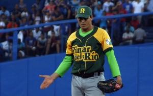 Yosvani Torres se ve como un lanzador capaz de hacer hasta 135 lanzamientos. (Foto: Reynier Batista Morales/RadioCOCO)