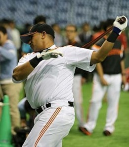 Cepeda entrenando. (Foto: Sitio oficial de los Yomiuri Giants)