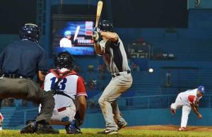 """El conflicto relacionado con el béisbol entre Cuba y Estados Unidos no se solucionará con """"un juego"""". (Foto: Tomada de OnCuba)"""