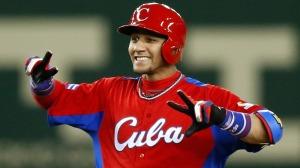 "¿Podría ser Yulieski Gourriel el ""Jackie Robinson"" del béisbol cubano post-1959? (Foto: MLB.com)"