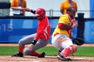 Cuba bateó bien contra Colombia, pero nada pudo hacer contra Estados Unidos. (Foto: Ricardo López Hevia)