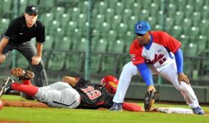 Cuba no pudo contra Canadá... oootra vez. (Foto: Ricardo López Hevia)