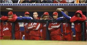 El fin de la racha: En marzo de 2009, Cuba faltó a la final por vez primera luego de 50 torneos internacionales consecutivos (ganando 43 de ellos). Foto: Denis Poroy/ Associated Press)