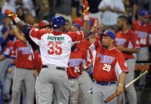 Los boricuas gozaron la papeleta. (Foto: Ricardo López Hevia/ Granma)